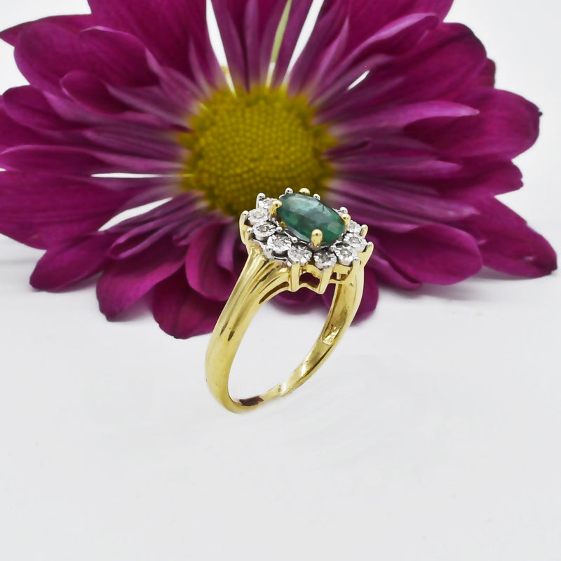 10k Yellow Gold Estate Emerald & Diamond Cocktail Ring Size 6.25