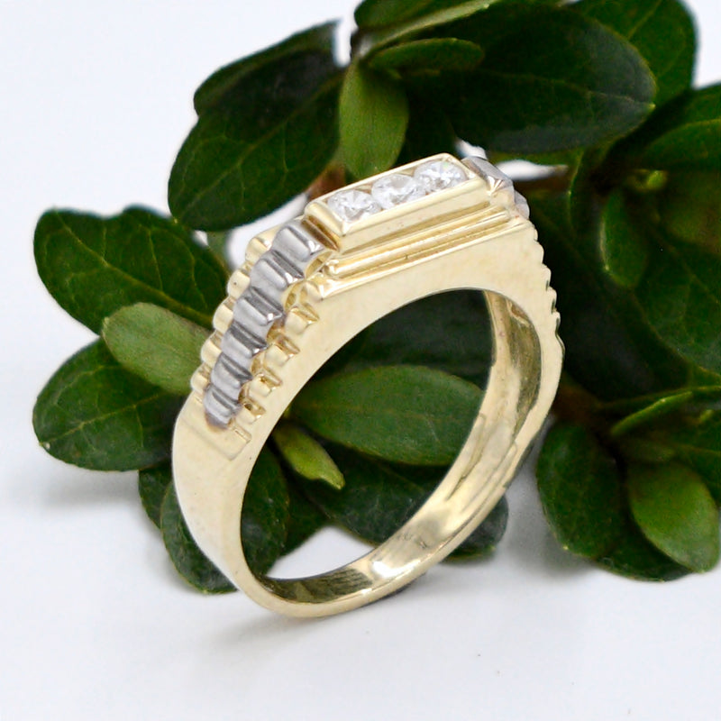 10k Yellow Gold Estate Textured CZ Gemstone Ring Size 11.75