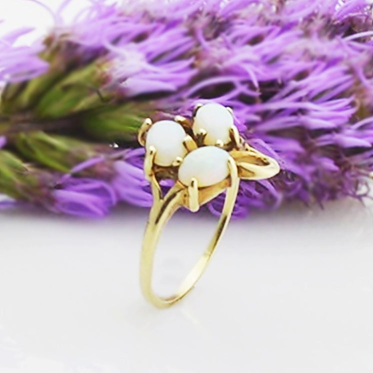 14k Yellow Gold Estate 3/Three Fire Opal Gemstone Ring Size 6
