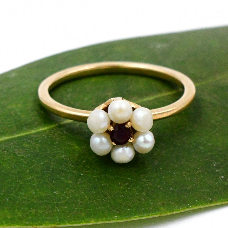 14k Yellow Gold 2.6 mm Pearl & Garnet Gem Flower Nature Ring Size 5.5