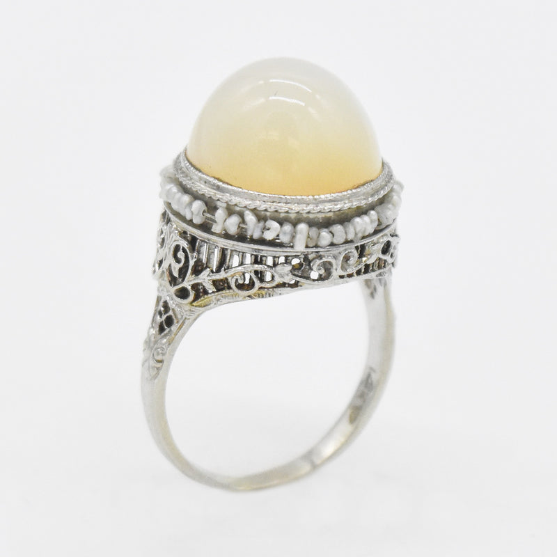14k White Gold Filigree Cabochon White Gemstone & Pearl Ring Size 6.25