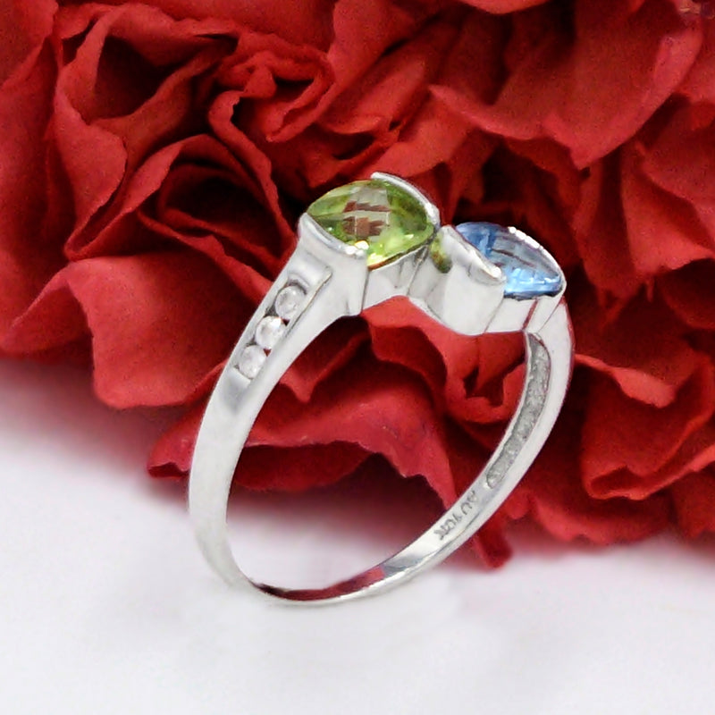 10k White Gold Estate Blue Topaz Peridot & Diamond Ring Size 7