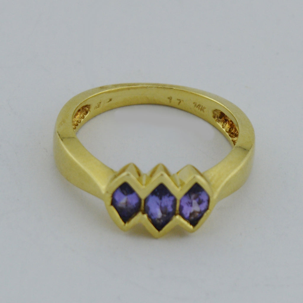 14k Yellow Gold Estate Three Purple Garnet Multistone Ring Size 7.5