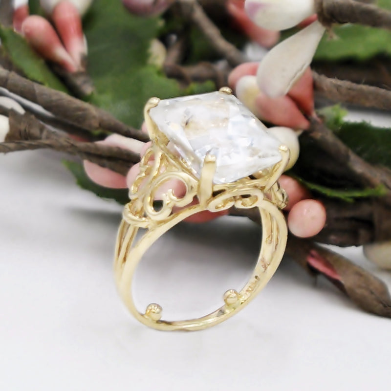 14k Yellow Gold Estate Filigree White Sapphire Ring Size 7.25