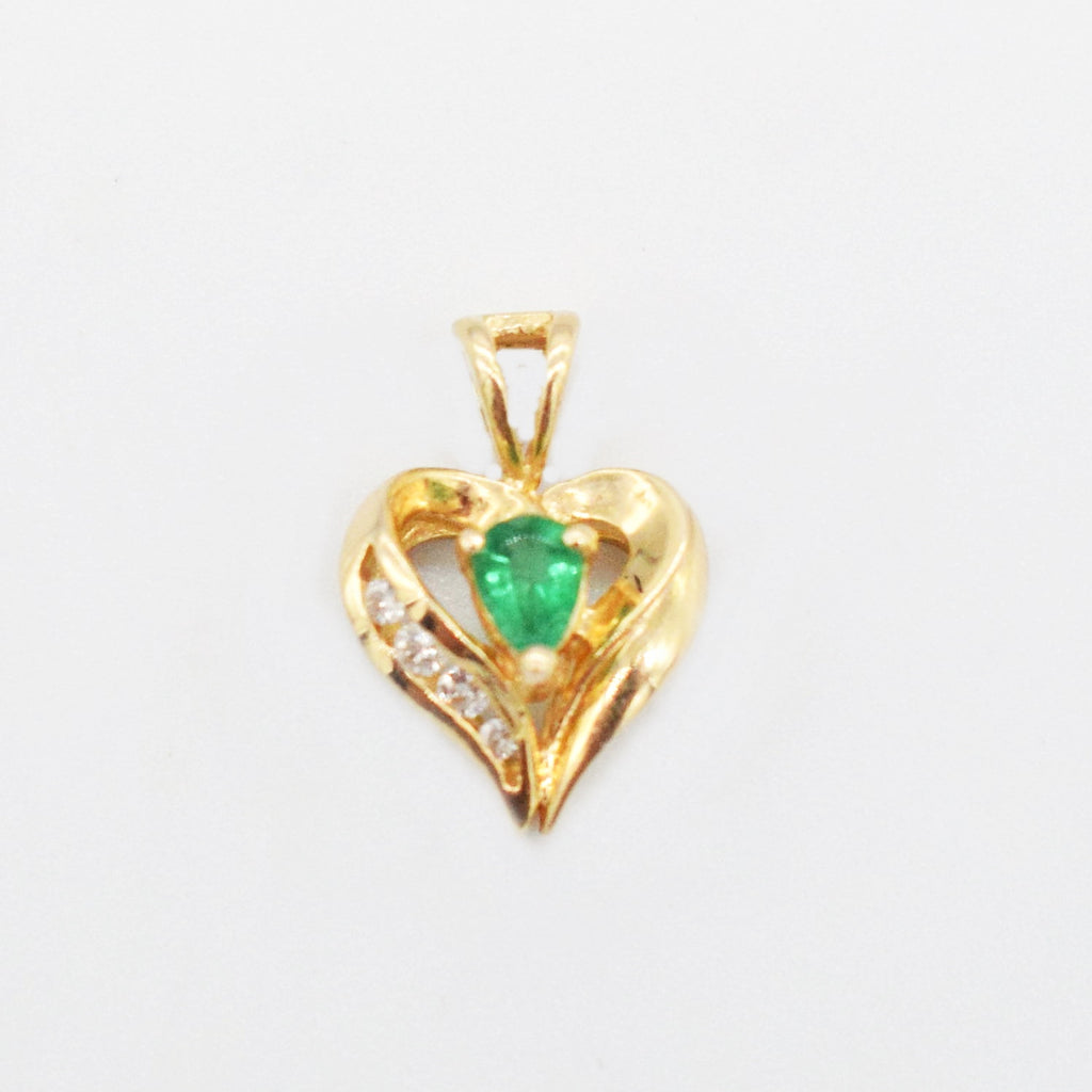 14k Yellow Gold Estate Emerald & Diamond 0.04 tcw Open Heart Pendant