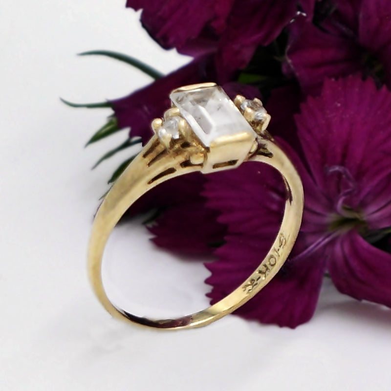 10k Yellow Gold Estate White Topaz Gemstone Ring Size 5