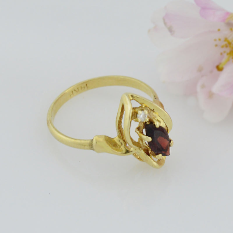 14k Yellow Gold Estate Garnet & Diamond Multistone Ring Size 6