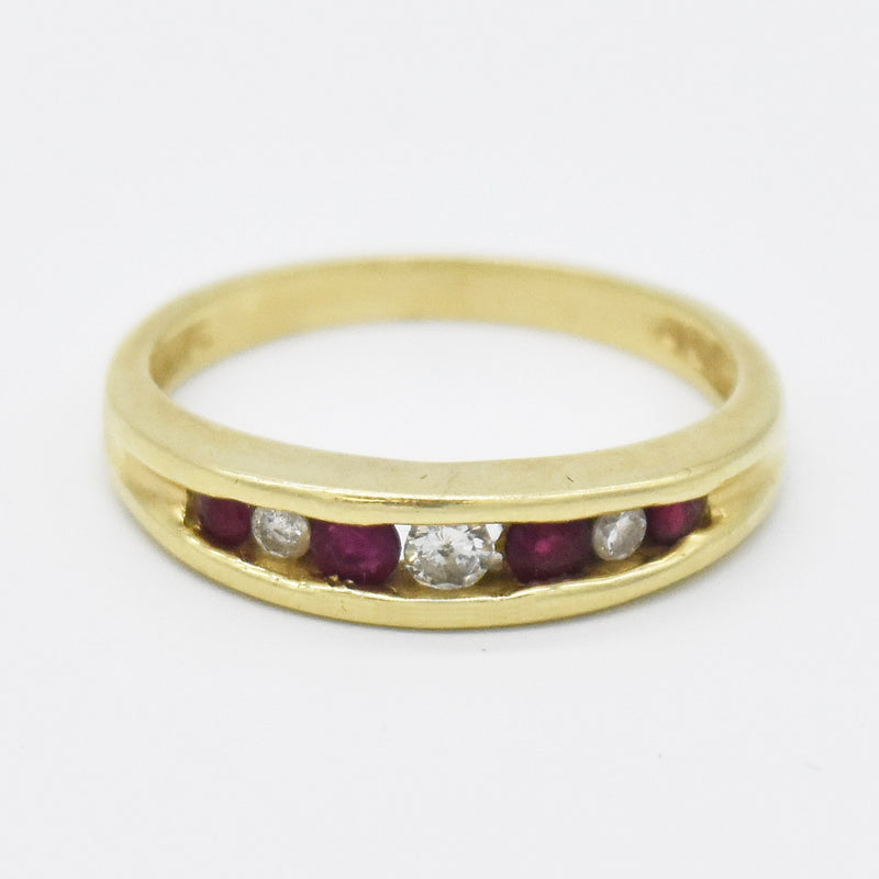 14k Yellow Gold Estate Ruby & Diamond Band/Ring Size 7