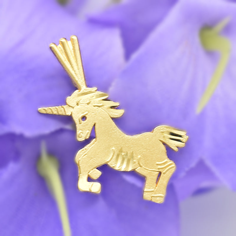 14k Yellow Gold Textured Diamond Cut Unicorn Pendant