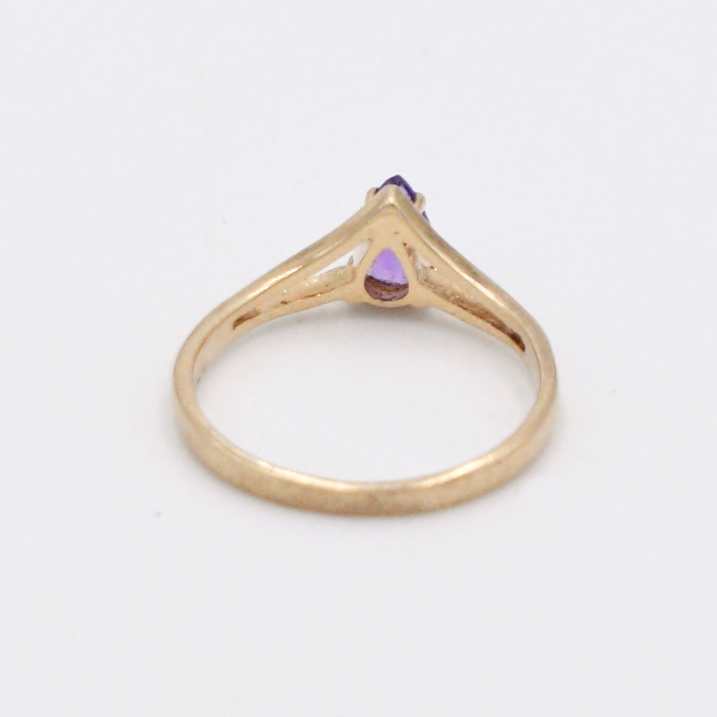 14k Yellow Gold Estate Teardrop Solitaire Amethyst Ring Size 6