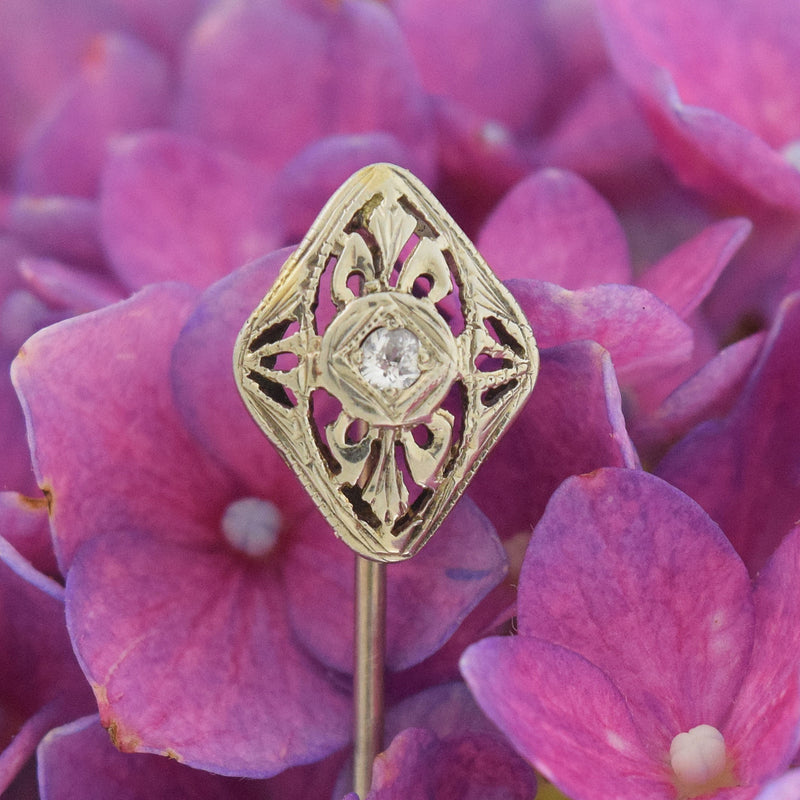 18k White Gold Antique Filigree Diamond Stick Pin