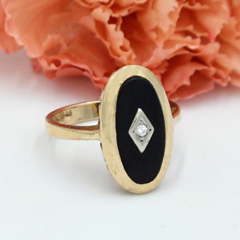 10k Yellow Gold Antique Diamond & Black Onyx Ring Size 7