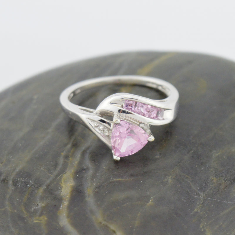 10k White Gold Estate Light Purple Sapphire Multistone Ring Size 6.75