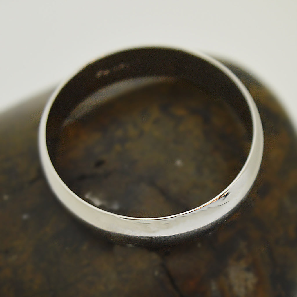14k White Gold Estate Large Band/Ring Size 13.75