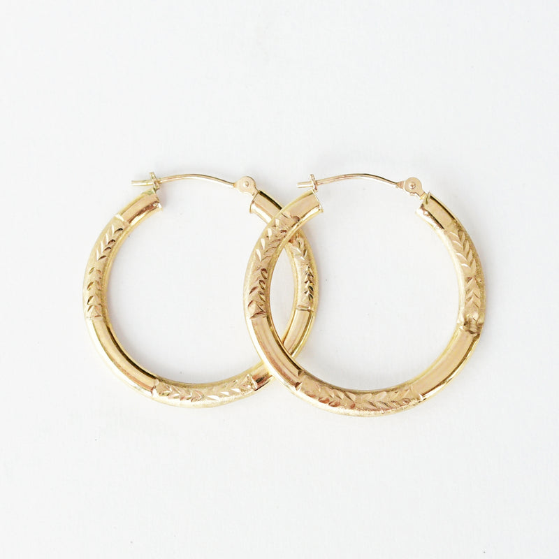 "14k Yellow Gold Estate Textured Hoops/Hoop Earrings 1"" Tall 1.5 Grams"