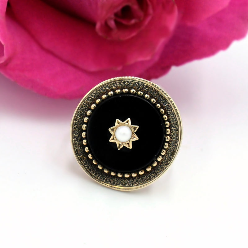 10k Yellow Gold Antique Ornate Black Onyx & 3 mm Pearl Ring Size 6