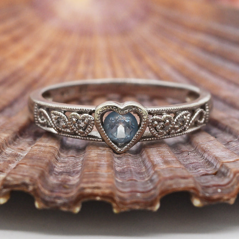 10k WG Estate Filigree Diamond & Blue Topaz Heart Ring Size 6.75
