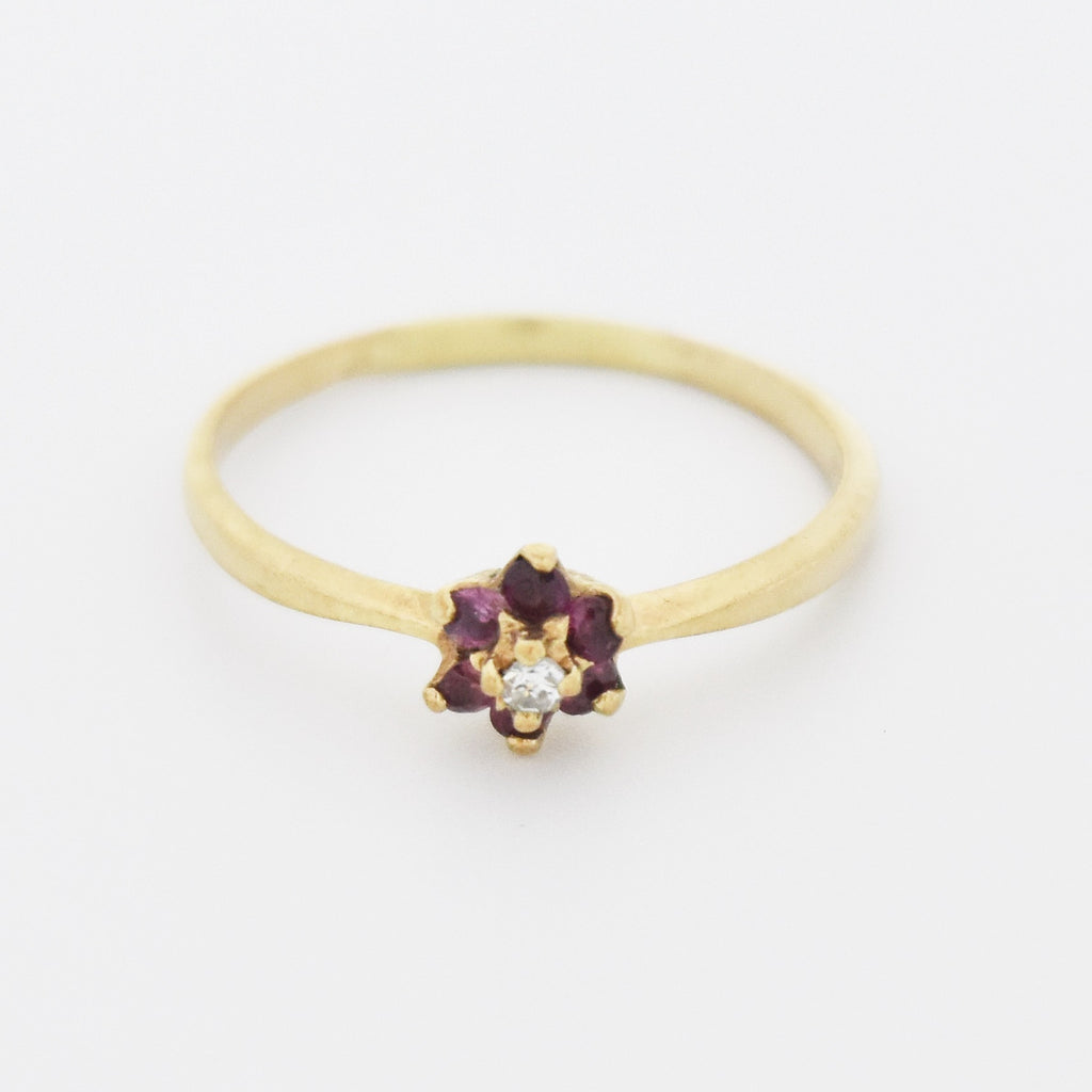 10k Yellow Gold Estate Ruby & Diamond Flower Ring Size 8.25