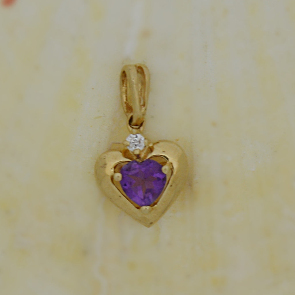 10k Yellow Gold Estate Amethyst Heart Shaped Pendant