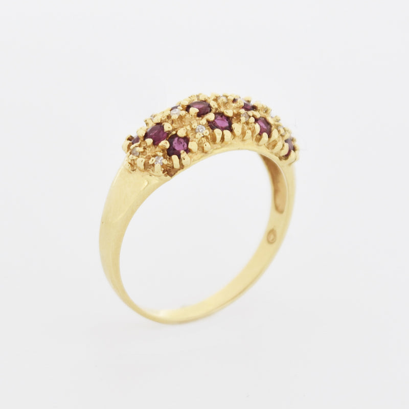 14k Yellow Gold Textured Ruby & Diamond Band/Ring Size 7.75