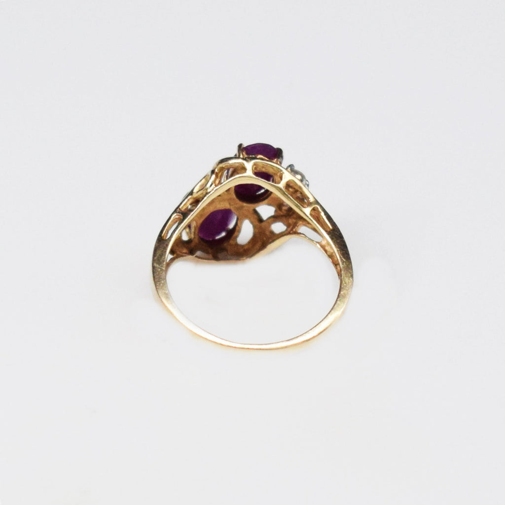 10k YG Open Work 2 Stone Ruby & White Sapphire Ring Size 6