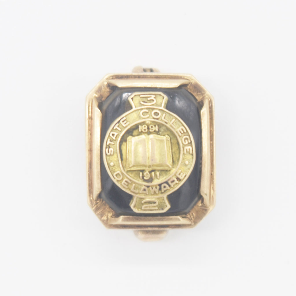 10k Yellow Gold Antique Enamel Delaware State College Lapel Pin