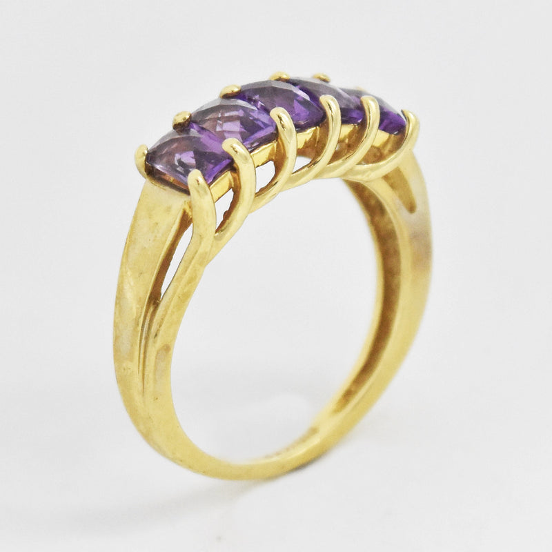 10k Yellow Gold Estate 5 Stone Amethyst Band/Ring Size 6.75
