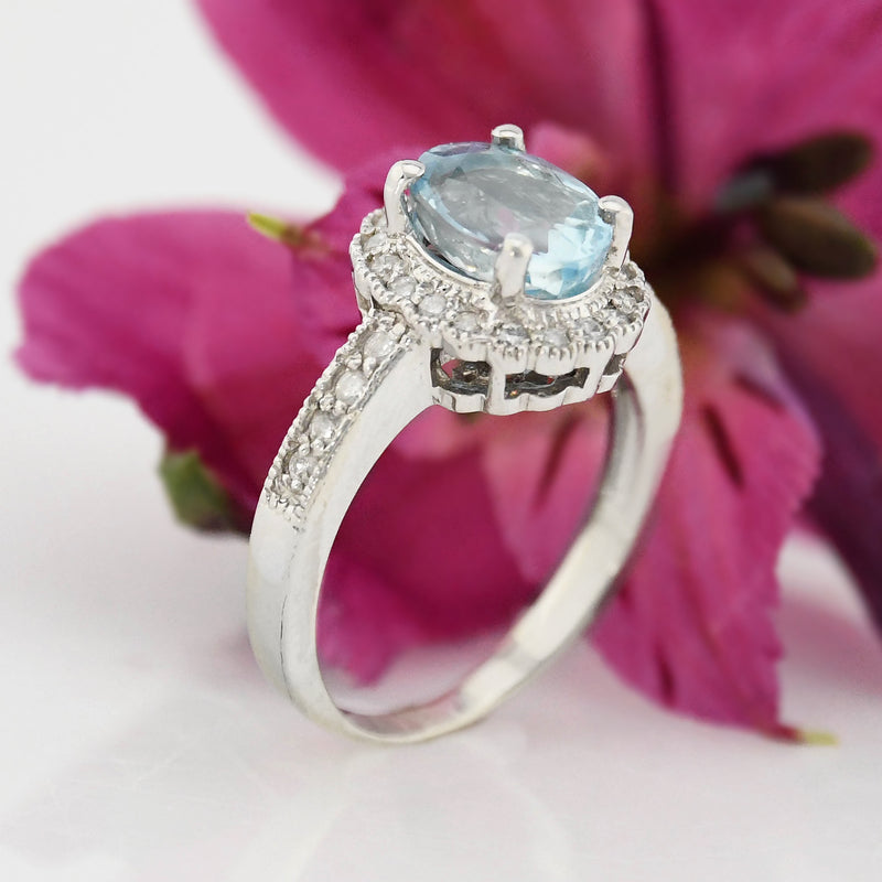 14k WG Oval Cut 2.42 tcw Natural Aquamarine & Diamond Ring Size 7 3/4