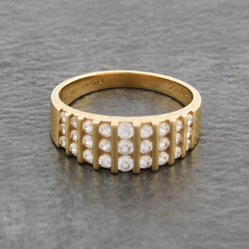 14k Yellow Gold Estate Textured CZ Band/Ring Size 9