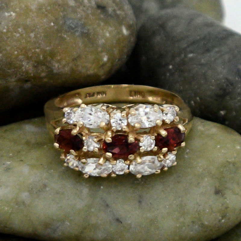 10k Yellow Gold Estate Garnet & White Gem Cocktail Ring Size 8.5