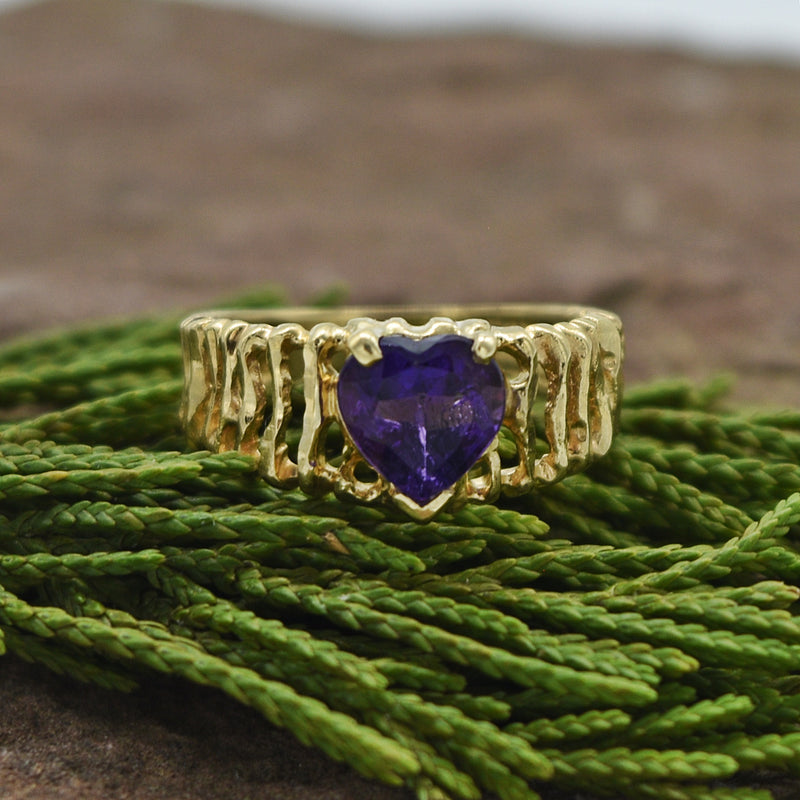 10k Yellow Gold Estate Open Band Amethyst Heart Ring Size 2.75