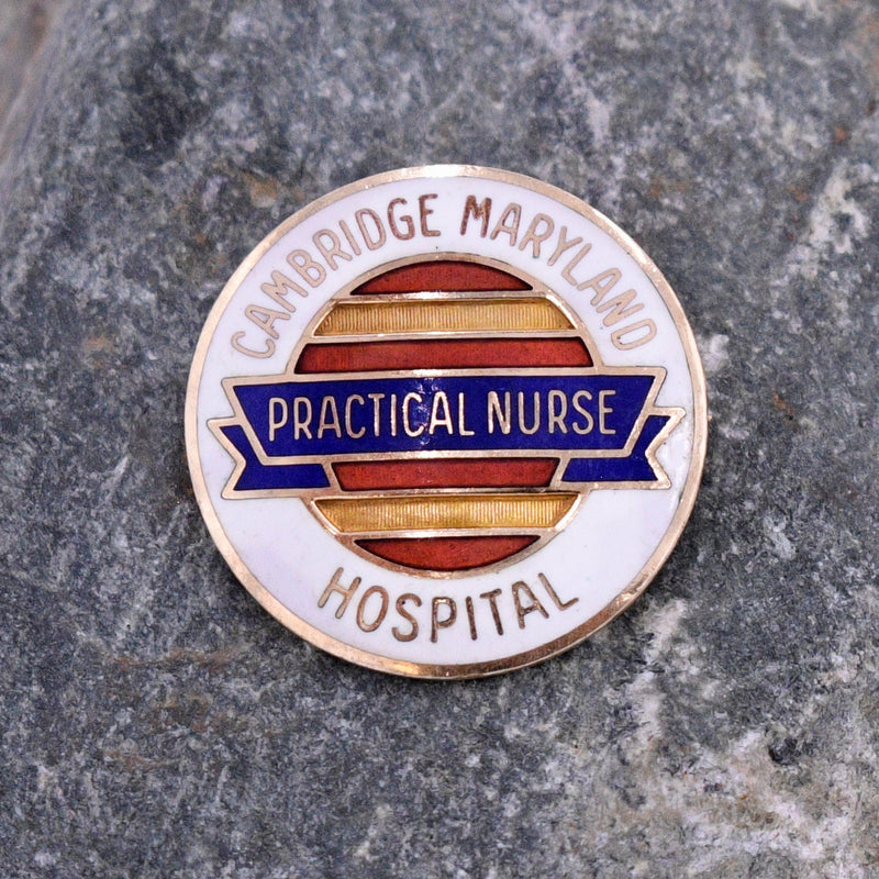 10k YG Enamel Practical Nurse/ Cambridge Maryland Hospital Pin