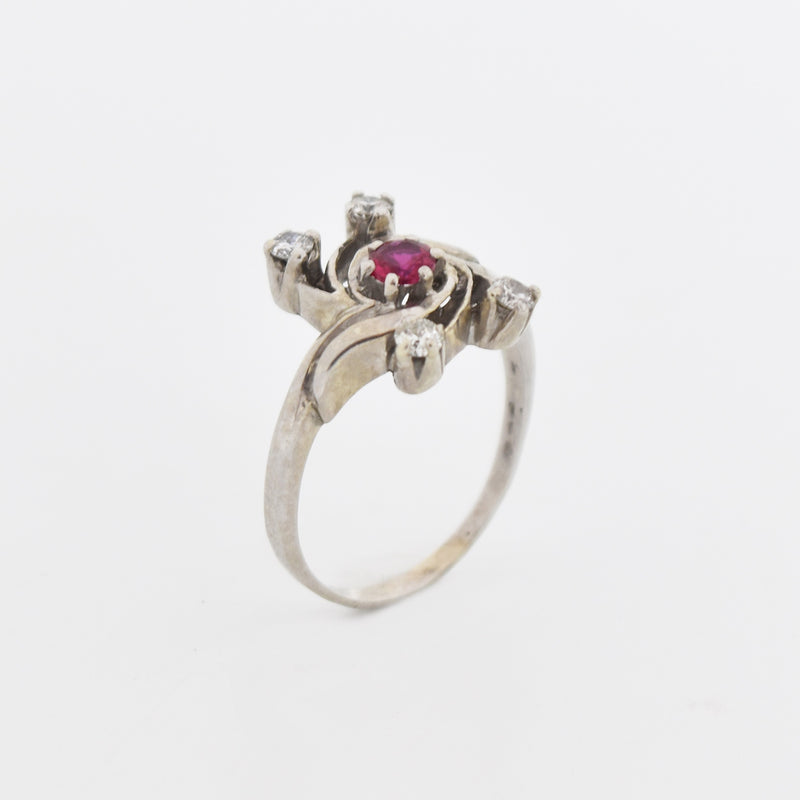 14k White Gold Vintage Swirl Ruby & Diamond Ring Size 6.75