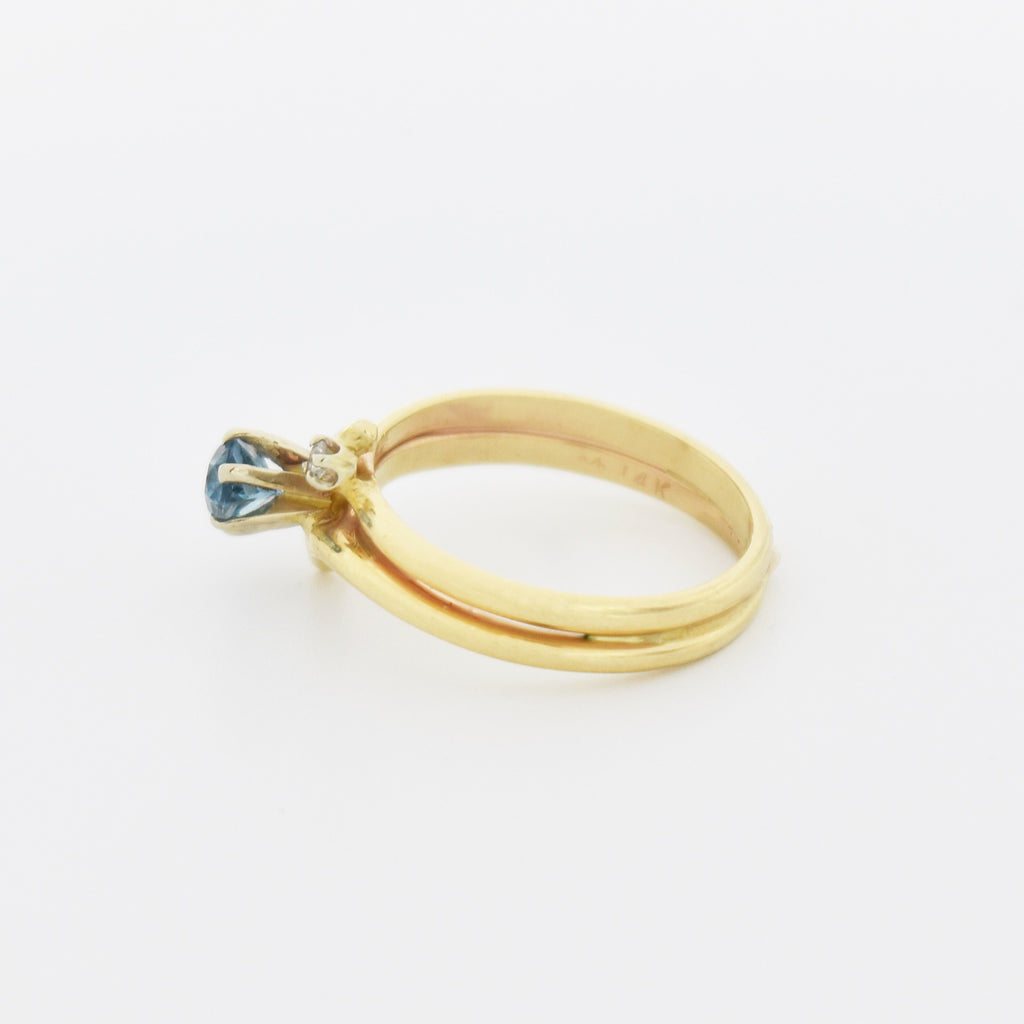 14k Yellow Gold Estate Swirl Blue Topaz & Diamond Ring Size 6