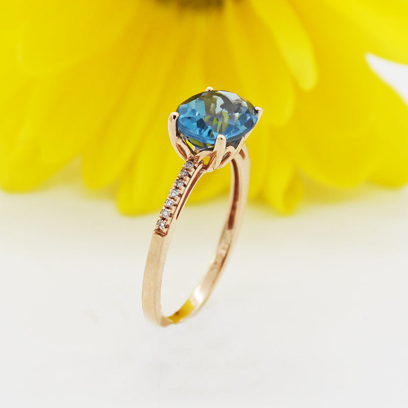 14k Rose Gold Estate Oval Blue Topaz & Diamond Ring Size 7