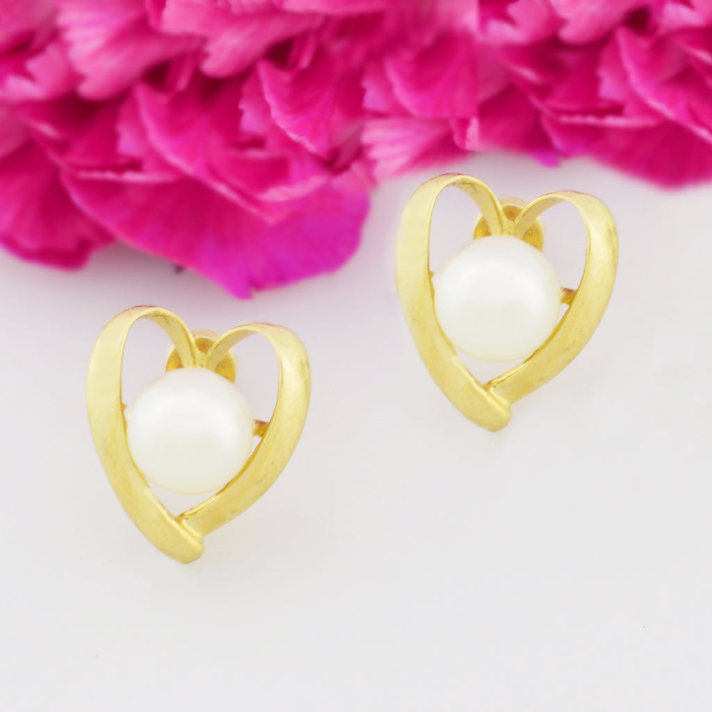 14k Yellow Gold Estate Pearl Heart Shaped Post Earrings