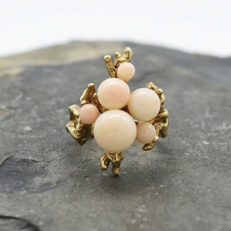 14k Yellow Gold Mid Century Modern Abstract Pink Coral Ring Size 5.25