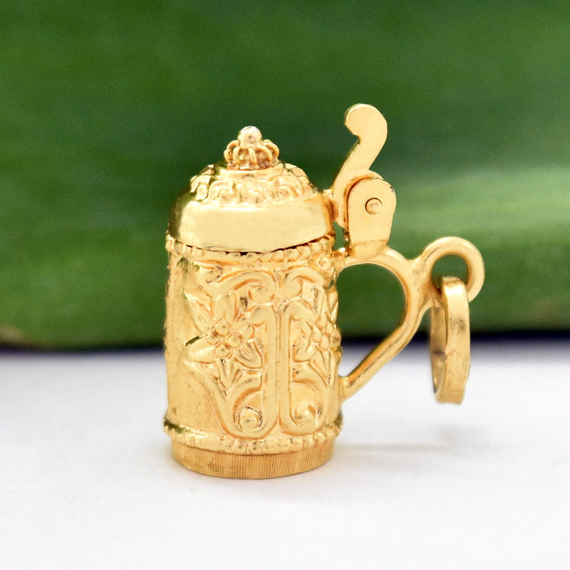 18k Yellow Gold Estate Carved Beer Stein Pendant/Charm