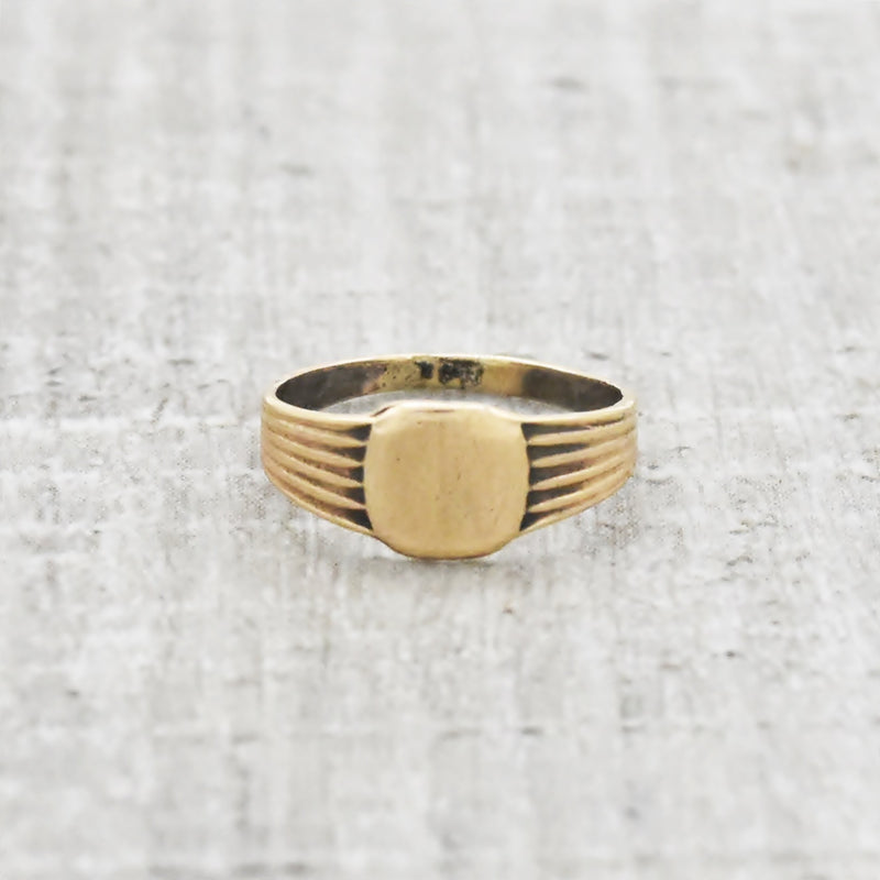 10k Yellow Gold Antique Child's/Baby Initial Ring Size 1/2