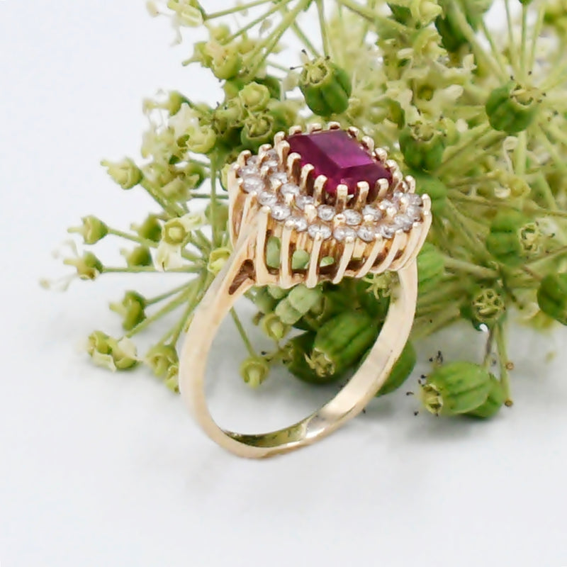 10k Yellow Gold Estate Ruby & White Gem Ring Size 8