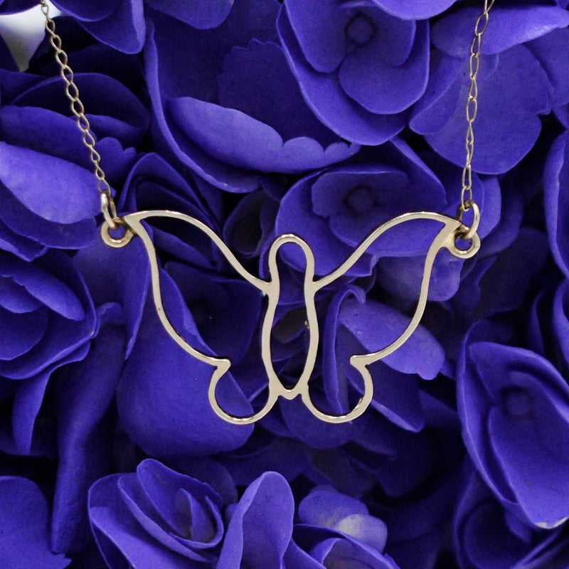 "14k Yellow Gold Estate Open Butterfly Animal Necklace 16 3/4"" Long"