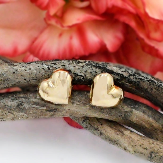 14k Yellow Gold Estate Love/Heart Stud Post Earrings