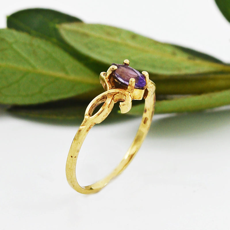 10k Yellow Gold Estate Swirl Amethyst Ring Size 6