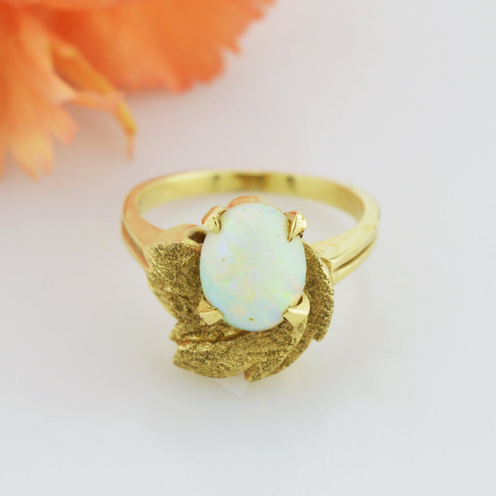 14k Yellow Gold Vintage Fire Opal Textured Leaf Nature Ring Size 5.5