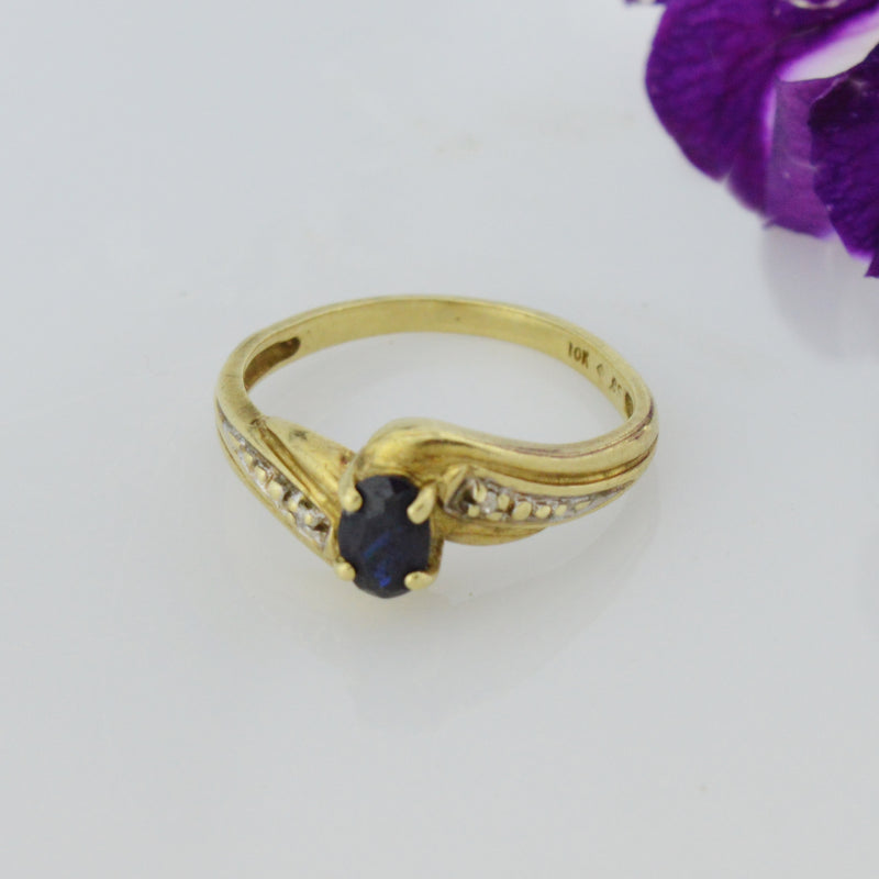 10k Yellow Gold Estate Blue Topaz & Diamond Multistone Ring Size 6.25