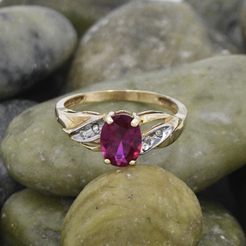 10k Yellow & White Gold Estate Ruby And Diamond Ring Size 7