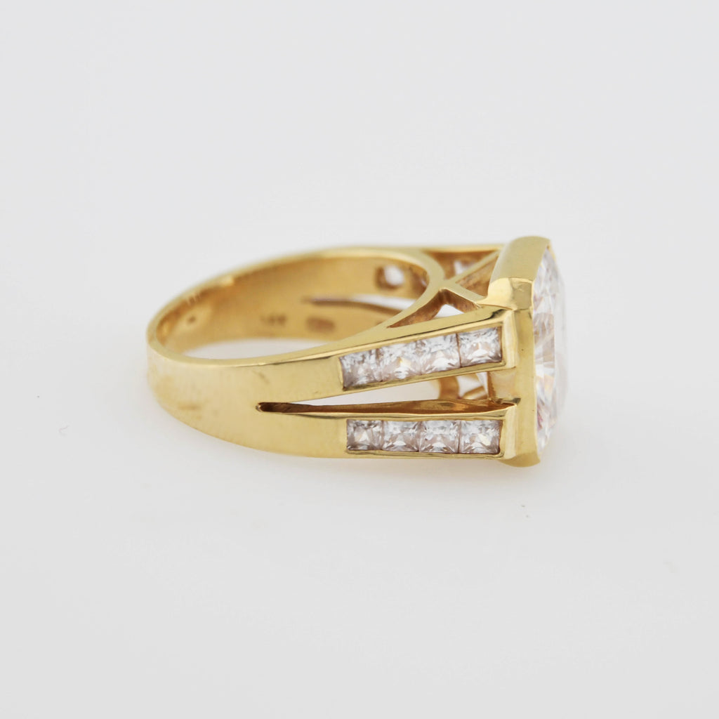 14k Yellow Gold Estate Fancy CZ Dinner Ring Size 7