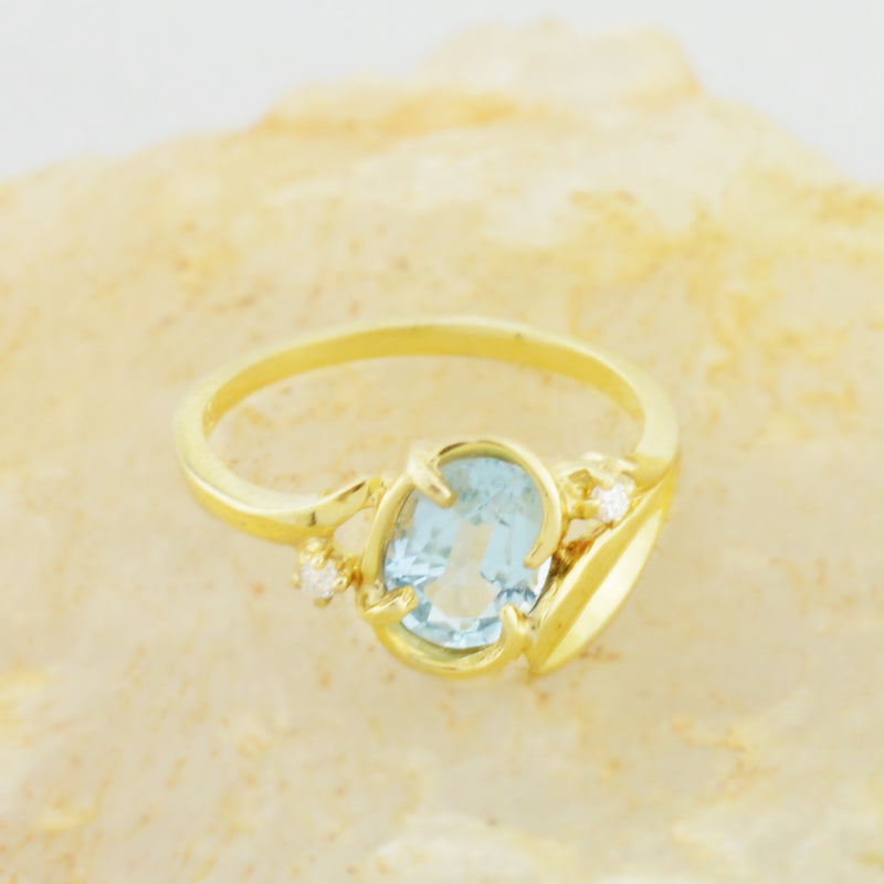 14k Yellow Gold Estate Light Blue Topaz & Diamond Multistone Ring Size 6.5