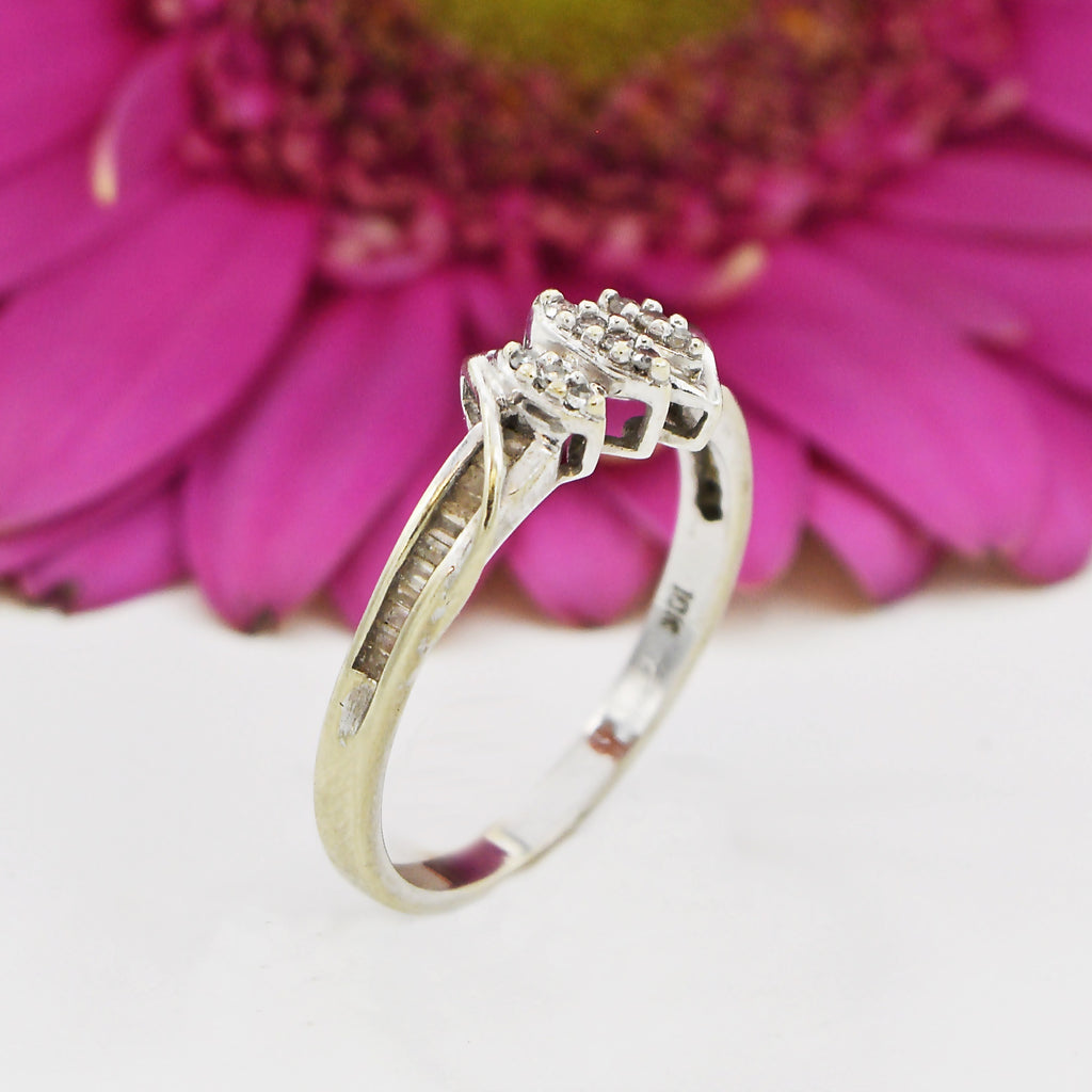 10k White Gold Estate Swirl Diamond Ring Size 7.25
