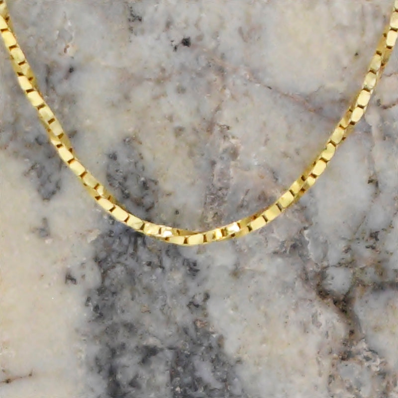 "14k Yellow Gold Estate Twisted Box Link Chain/Necklace 17 3/4"" Long"